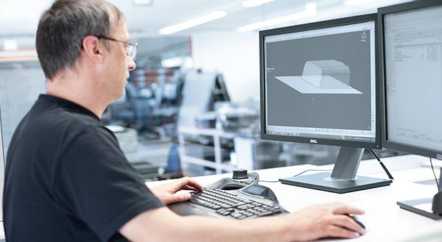 Service Entwicklung individuell CAD Lösungen automatisierte Prozesse